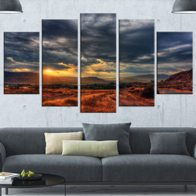 Designart Beautiful Sunrise In Osoyoos Extra LargeLandscapeCanvas Art Print - 4 Panels