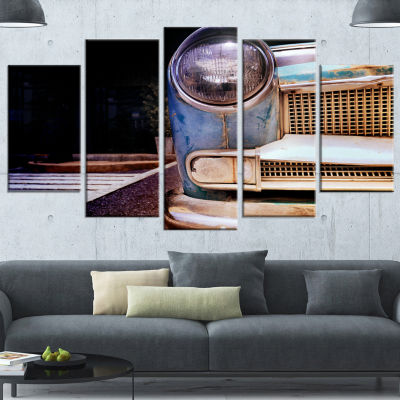Designart Front Headlight Of Vintage Car Cars Canvas Art Print - 5 Panels