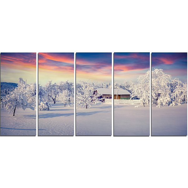 Designart Snowfall Covering Trees And Houses LargeLandscapeCanvas Art Print - 5 Panels