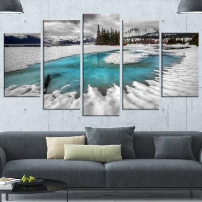 Designart Frosted Crystal Clear Lake Large Landscape Canvas Art Print - 4 Panels