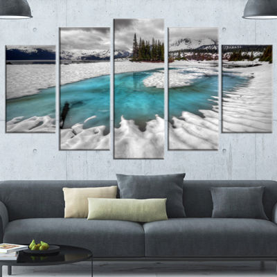 Designart Frosted Crystal Clear Lake Large Landscape Canvas Art Print - 5 Panels