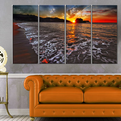 Designart Sandy Beach With Lovely Waves SeashoreCanvas Art Print - 4 Panels