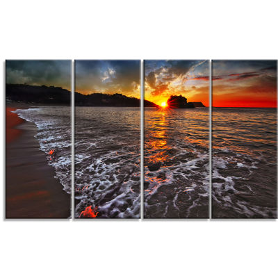 Sandy Beach With Lovely Waves Seashore Canvas ArtPrint - 4 Panels
