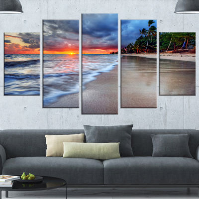 Fluffy Dark Clouds Over Ocean Seashore Canvas ArtPrint - 5 Panels