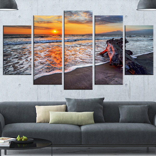 Designart Fantastic Sandy Shore At Sunset SeashoreCanvas Art Print - 4 Panels