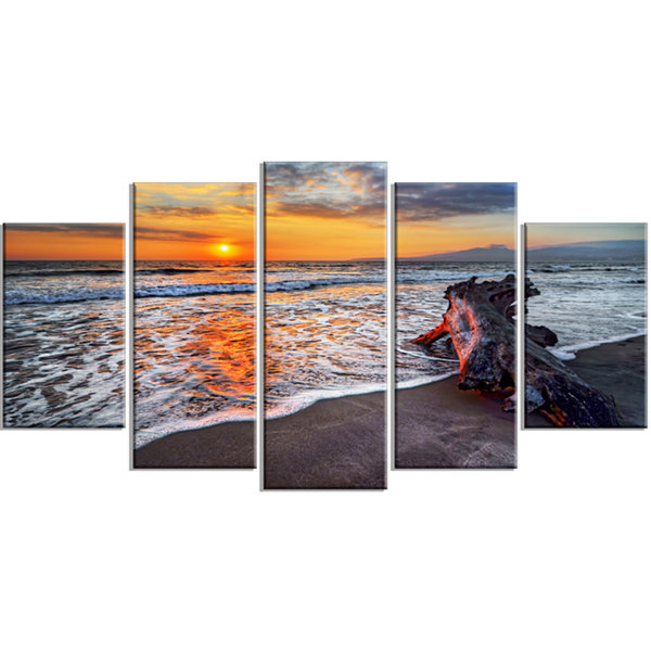 Designart Fantastic Sandy Shore At Sunset Large Seashore Canvas Art Print - 5 Panels