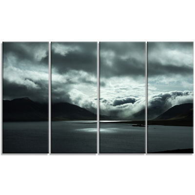 Designart Stormy Iceland In The Summer Seashore Canvas Art Print - 4 Panels