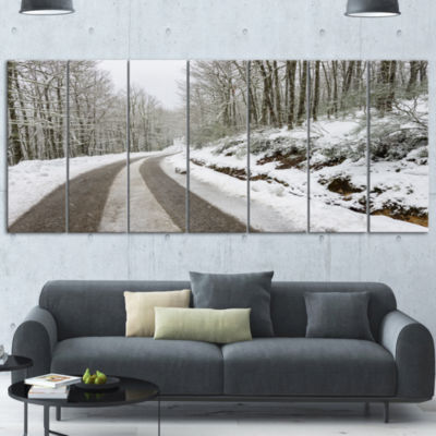 Designart Snow Storm At Piornedo Spain Large Landscape Canvas Art - 6 Panels