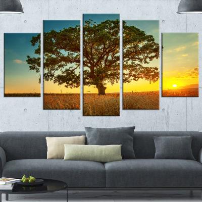 Designart Big Green Tree In Summer Field Trees Canvas Art Print - 5 Panels