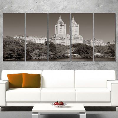 Designart Beautiful Central Park Autumn Extra Large Canvas Art Print - 5 Panels