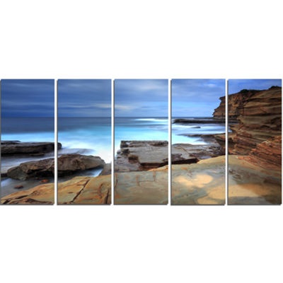 Designart Terrigal Skillion Nsw Australia SeashoreCanvas Art Print - 5 Panels