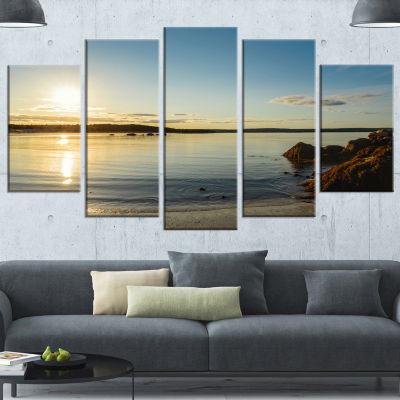 Designart Carters Beach Nova Scotia Canada Seashore Canvas Art Print - 4 Panels