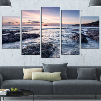 Designart Rocky Wembury Beach Sunset Large Seashore Wrapped Canvas Art Print - 5 Panels