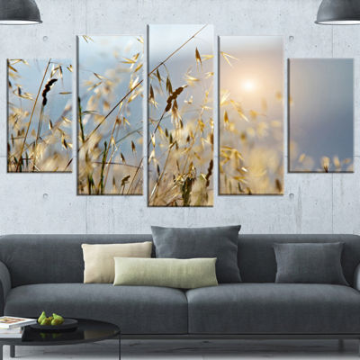 Designart Typical Tuscany Sunset Italy LandscapeWrapped Canvas Art Print - 5 Panels