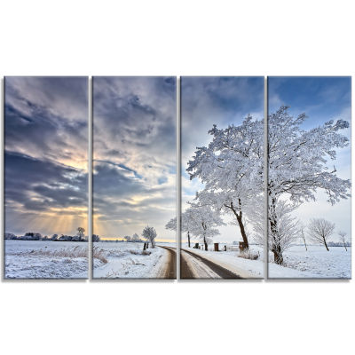 Cloudscape In White Winter Terrain Landscape Canvas Art Print - 4 Panels