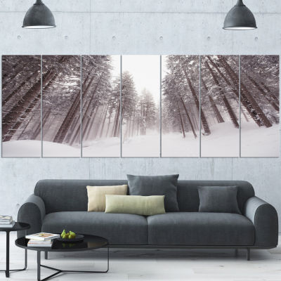 Designart Winter Scenery In Trentino Alto Adige Large ForestCanvas Art Print - 6 Panels