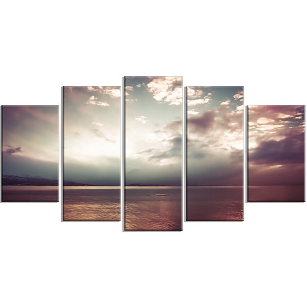 Design Art Dark Sunset With Dramatic Sky Large Seashore Wrapped Canvas Art Print - 5 Panels