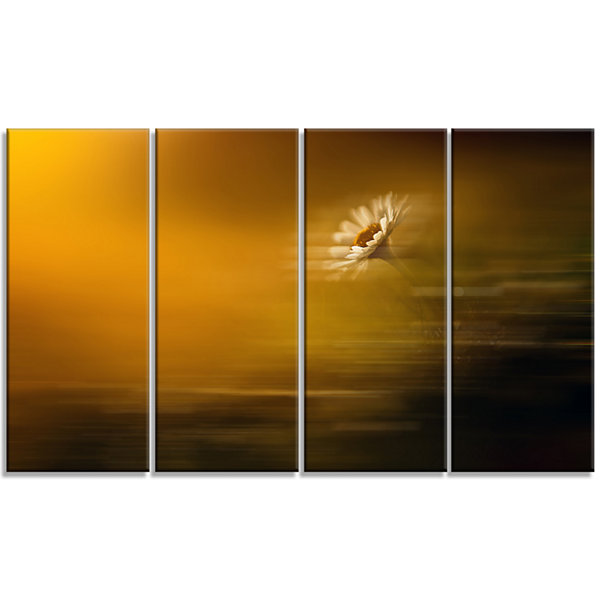 Designart Motion Blurred Wild Flower Impression Large Floral Canvas Art Print - 4 Panels
