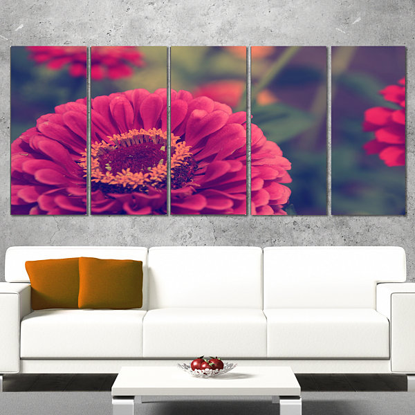 Design Art Vintage Photo Of Cute Red Flowers LargeFloral Canvas Art Print - 5 Panels