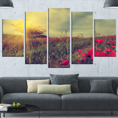 Designart Vintage Photo Of Poppies At Sunset LargeFloral Canvas Art Print - 4 Panels