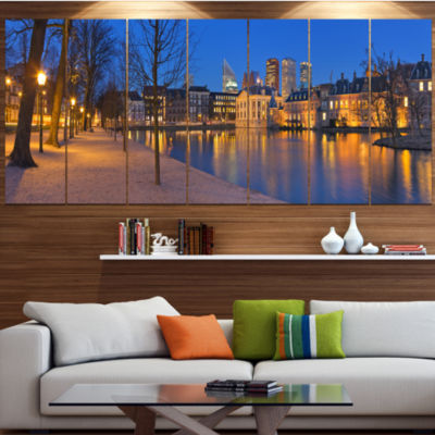 Designart Binnenhof In The Hague Panorama ModernSeashore Canvas Wall Art - 5 Panels