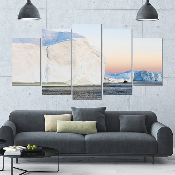 Design Art Greenland Ices Of Polar Regions ModernSeashore Wrapped Canvas Wall Art - 5 Panels