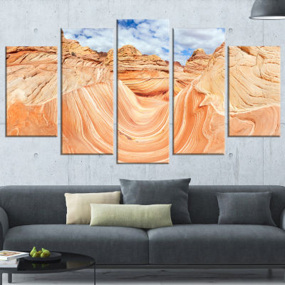 Designart Waves of Natural Wonder Landscape PhotoCanvas ArtPrint - 5 Panels