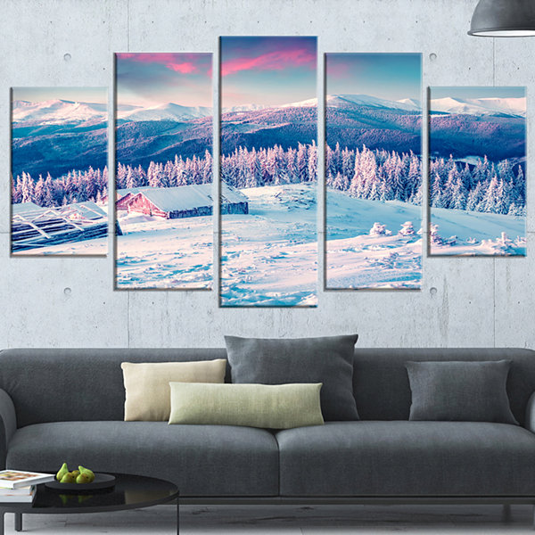 Designart Winter Morning in Carpathian Landscape PhotographyCanvas Print - 5 Panels