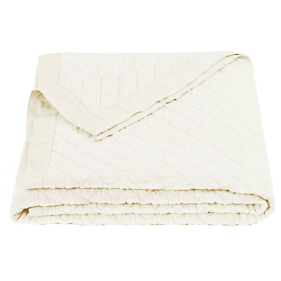 HiEnd Accents Quilted Vintage White Diamond