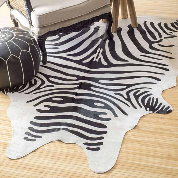 nuLoom Striped Cowhide Rug