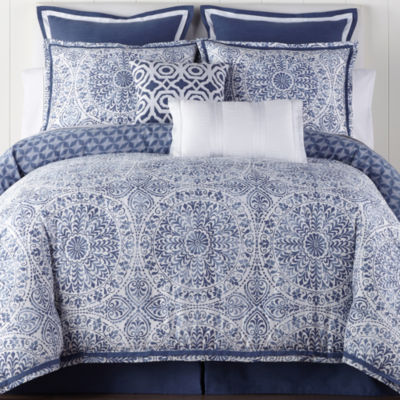 Liz Claiborne Melbourne 4-pc. Reversible Comforter Set