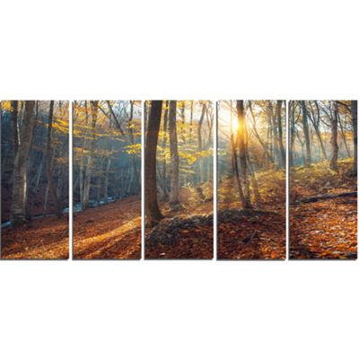 Designart Crimean Mountains At Sunset Landscape PhotographyCanvas Print - 5 Panels