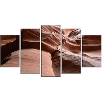 Designart Dark Upper Antelope Canyon Landscape Photography Canvas Print - 5 Panels