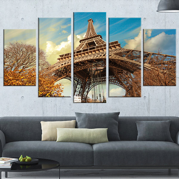 Designart Eiffel With Winter Vegetation Skyline PhotographyWrapped Canvas Art - 5 Panels