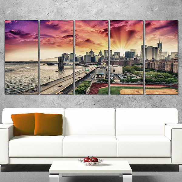 Designart Fdr Drive And Manhattan Skyline Cityscape Photo Canvas Print - 5 Panels
