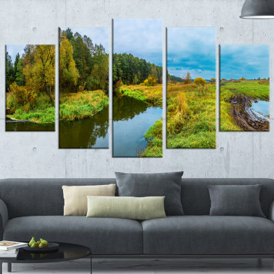 Designart Green Park By The Lake Landscape Photography Wrapped Canvas Art Print - 5 Panels
