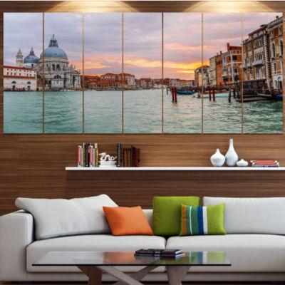 Designart Santa Maria Della Salute Large CityscapeCanvas Art Print - 5 Panels