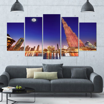 Designart Burj Khalifa Night Landscape Large Cityscape Canvas Art Print - 5 Panels