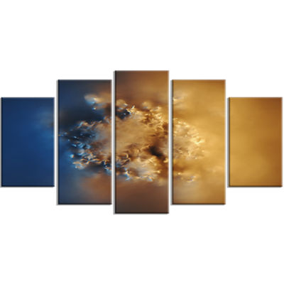 Designart Small Macro Prickly Texture Brown Contemporary Canvas Wall Art - 5 Panels
