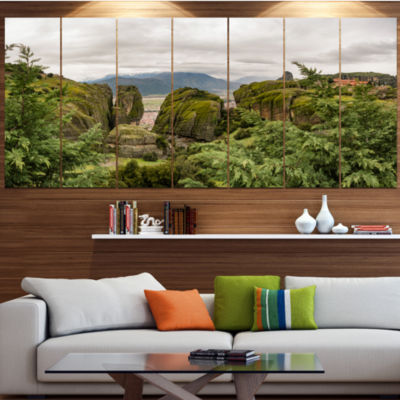 Designart Meteora Mountain In Greece Landscape Canvas Art Print - 5 Panels