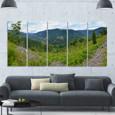 Designart Green Mountains Panorama Landscape Canvas Art Print - 5 Panels