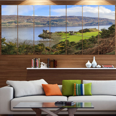 Designart Lago Ness And Urquhart Castle LandscapeCanvas Art Print - 4 Panels