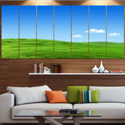 Designart Calm Green Meadow Landscape Canvas ArtPrint - 4 Panels