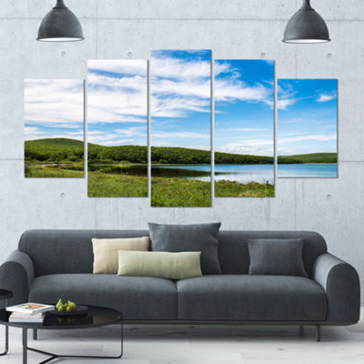 Designart Scenic View Of Pacific Ocean Beach Landscape LargeCanvas Art Print - 5 Panels