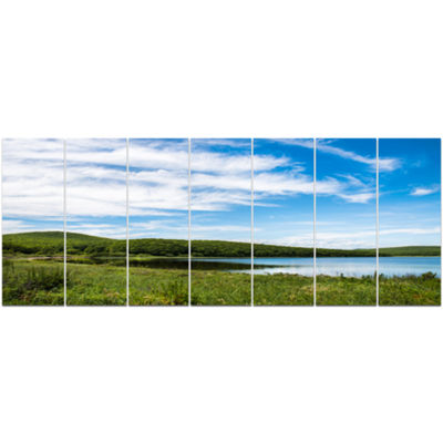 Designart Scenic View Of Pacific Ocean Beach Landscape Canvas Art Print - 7 Panels