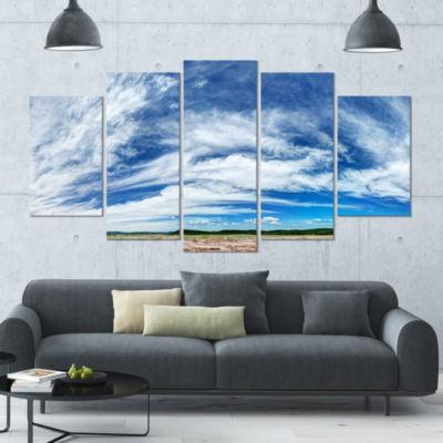 Designart Awesome Pacific Ocean Landscape Large Canvas Art Print - 5 Panels