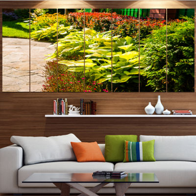 Designart Modern Green Garden Design Landscape Canvas Art Print - 5 Panels