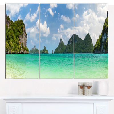 Designart Thailand Beach Panorama Landscape CanvasArt Print - 3 Panels