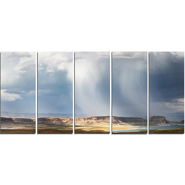 Design Art Lake Powell Under Clouds Landscape Canvas Art Print - 5 Panels