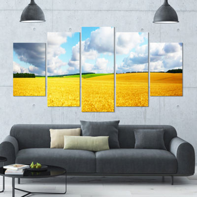 Designart Beautiful Field Panorama Landscape LargeCanvas Art Print - 5 Panels